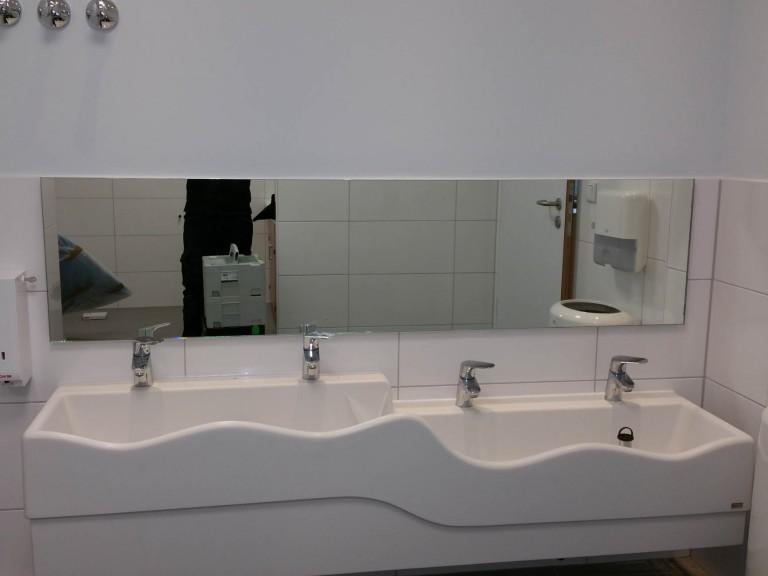 Spiegel nach Maß für Bäder: Egal ob rund, oval, eckig ...